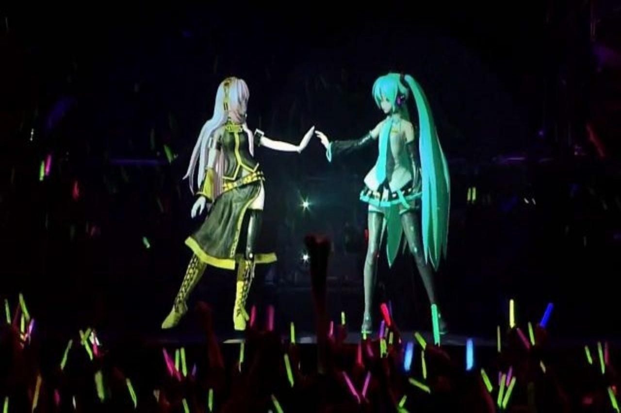 https://hologramme.org/wp-content/uploads/2020/02/Hatsune-Miku-hologram-2-1280x852.jpg